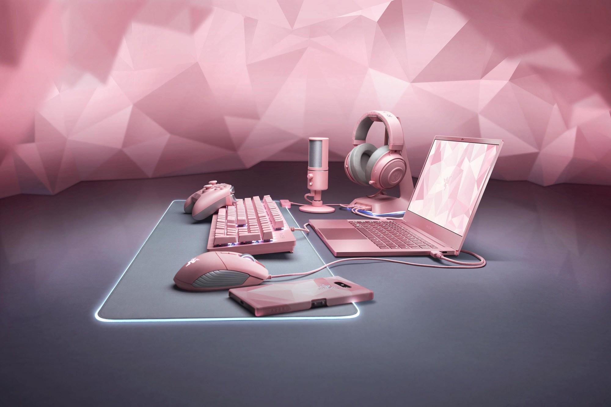 ピンクのゲーミングPC・デバイス
